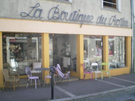 Boutique du Rotin, B. des Anges - Bourges IMGP4372-m